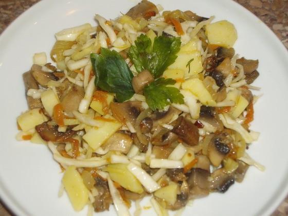 Картошку с грибами салат