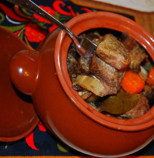 Свиные ребрышки горшочке рецепт фото