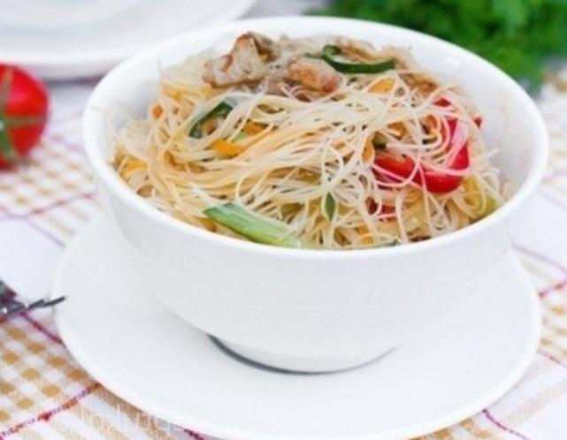 рецепт салата с фунчозой и морепродуктами рецепт