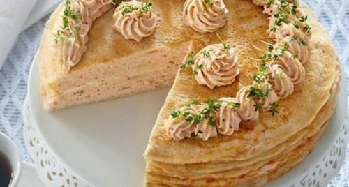 Блинный пирог с рыбным муссом