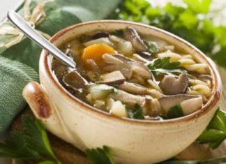 Как варить суп из сушеных грибов