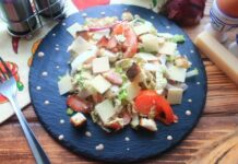 salat-cezar-s-bekonom