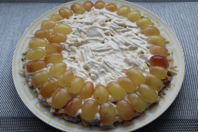 salat-s-kopchenoj-grudkoj