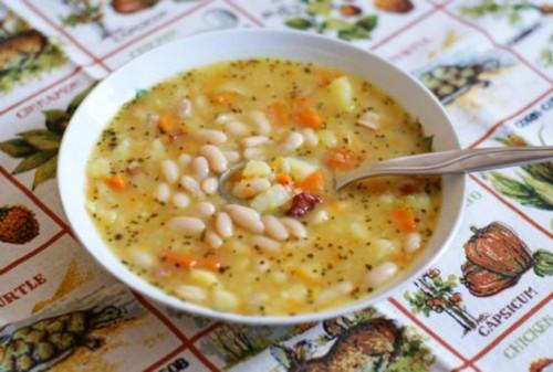 Фасолевый суп с рисом