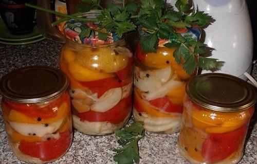 Овощной салат с грушами