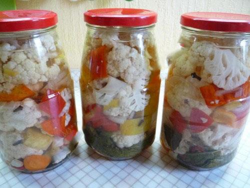 Салат из цветной капусты на зиму